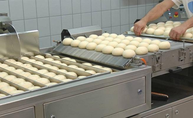 تولید کیک و کلوچه در صنعت